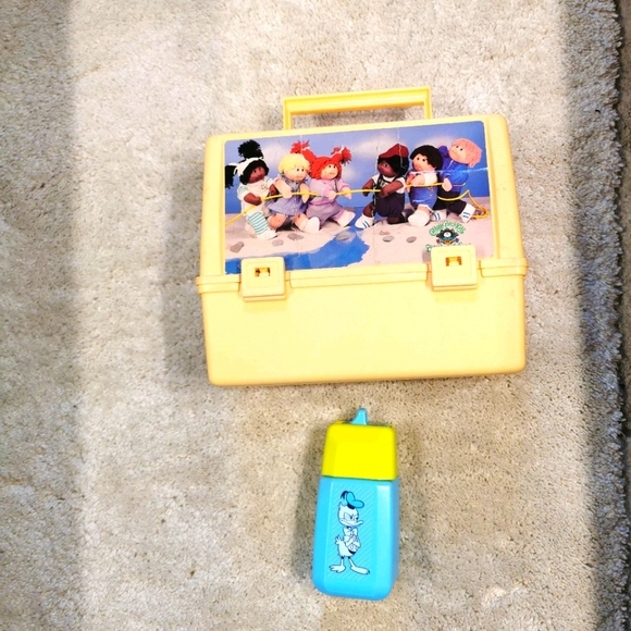 Disney 2 very old items cabbage dolls lunch box